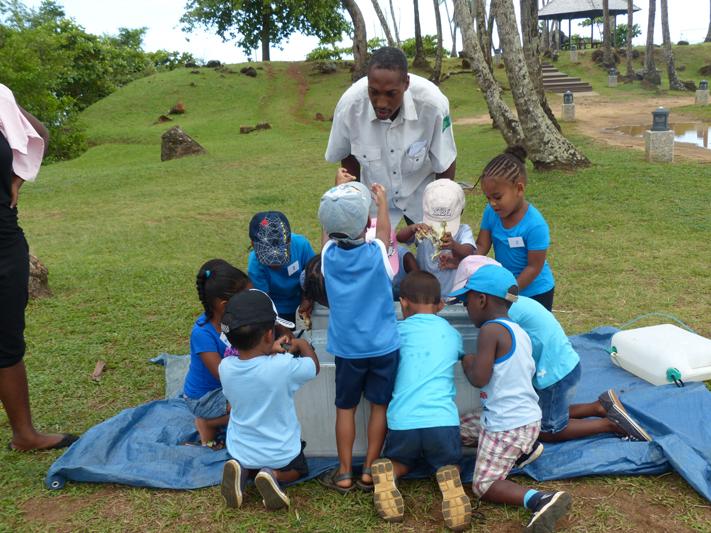 Journées animées à la Pointe Buzaré pour les centres aérés (Crédits : RNNC) (1)